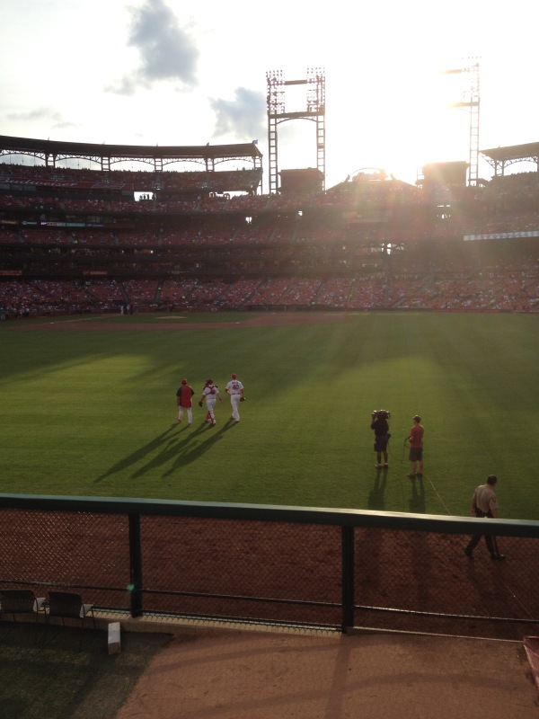 shelby miller walking to the mound